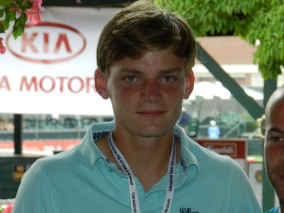 Boy Wonder Goffin