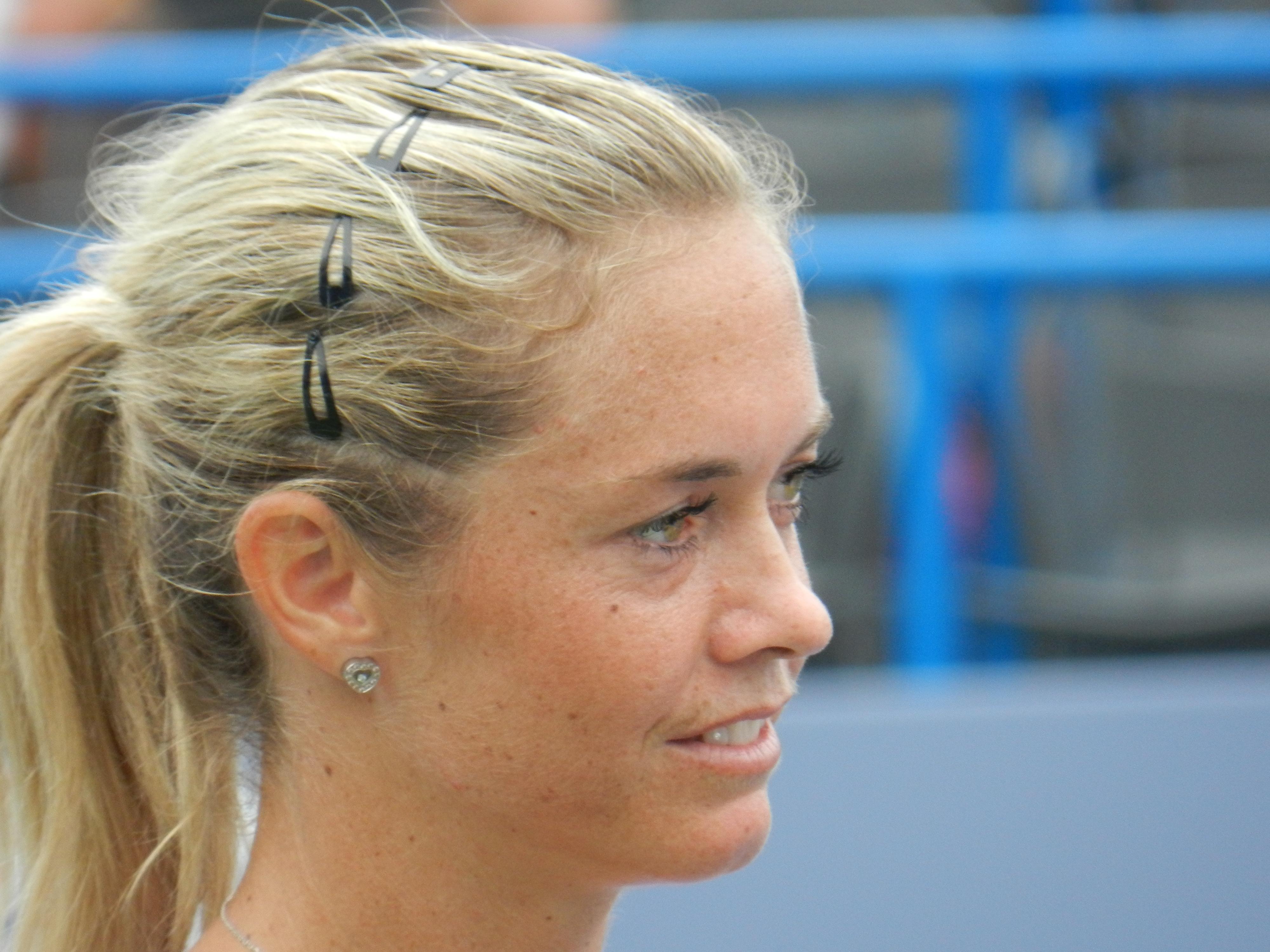 Exclusive Klara Zakopalova s  K Zakopalova