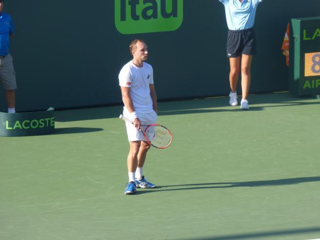 Darcis looked lost against Djokovic (Photo Credit: Esam Taha)