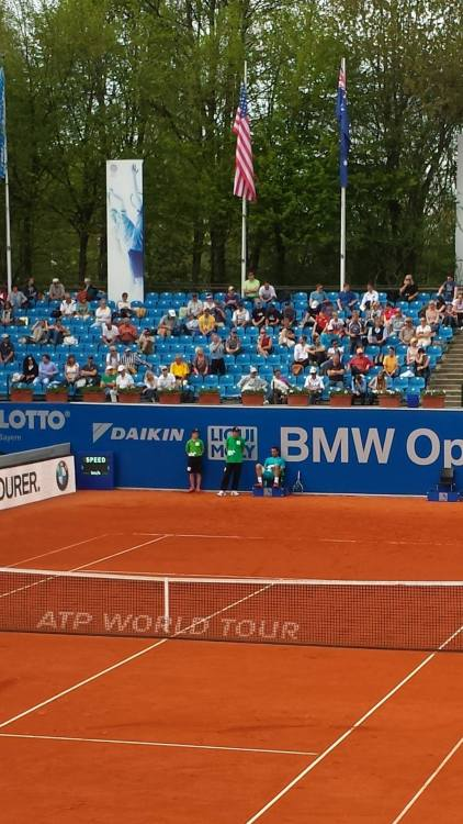Estrella Burgos and Troicki hod to take a break (photo credit: Marc Imperatori)