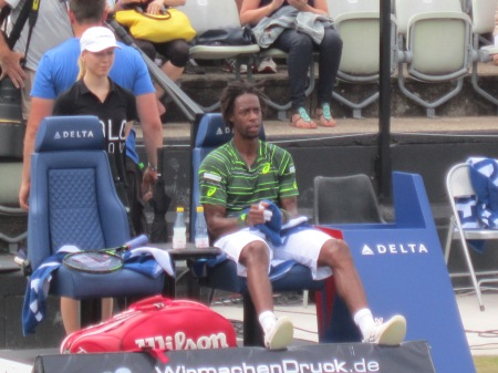 Monfils looked deflated (photo credit: Andreas Thiele)