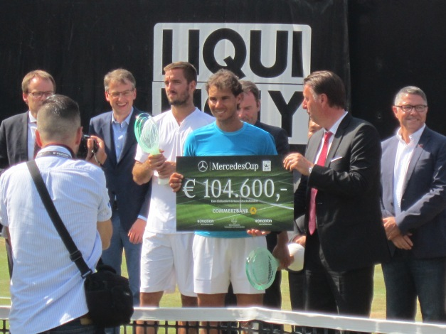 Nadal wins on grass (photo credit: Andreas Thiele)