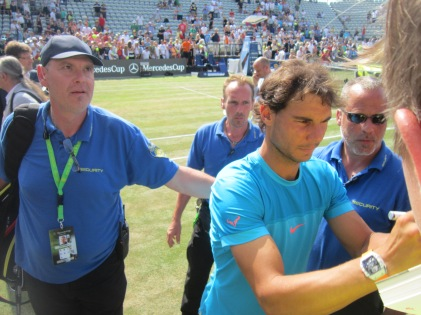 Rafa was great with fans! (photo credit: Andreas Thiele)