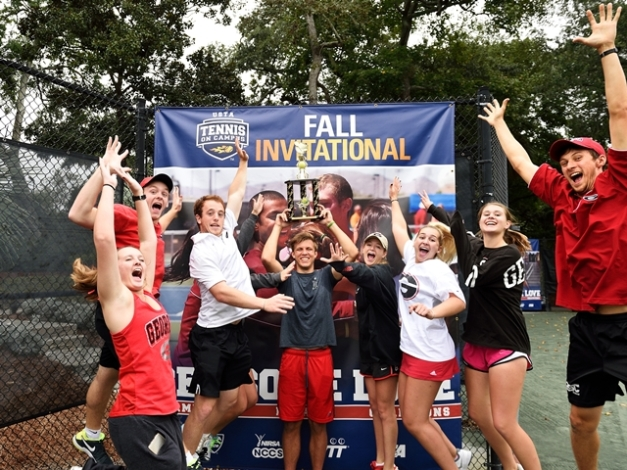 UGA Celebrates (Photo: Peter Staples, USTA)