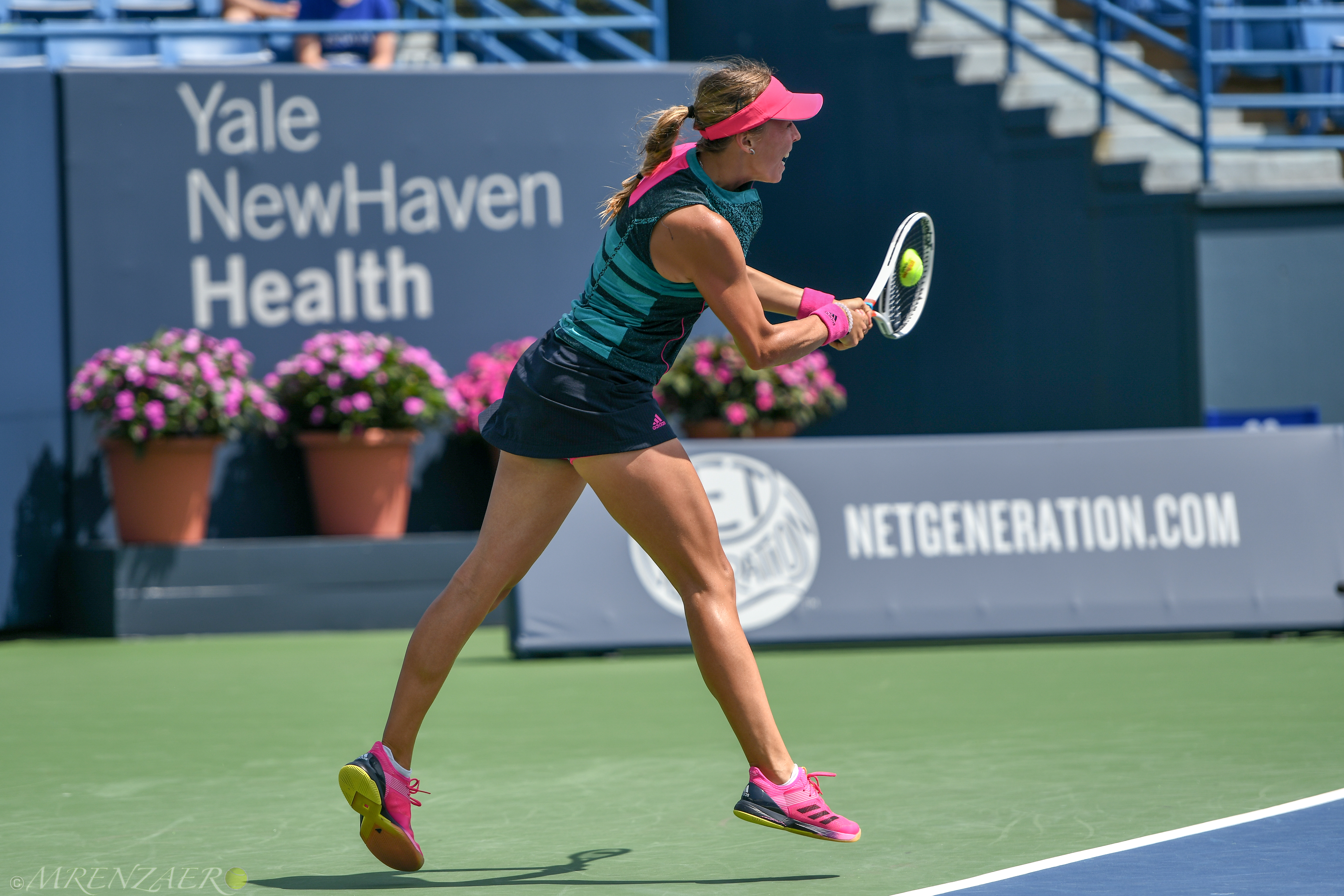 Anett Kontaveit, 2018 Connecticut Open (Photo: Mike Renz for Tennis Atlantic)
